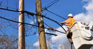 Electrica oprește curentul la Săcele pe 6 străzi. Care sunt acestea?