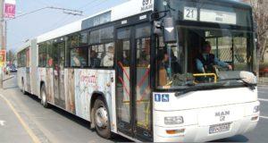Sondaj: În timp ce la Săcele autobuzele circulă cu ușile deschise și nu opresc în stații