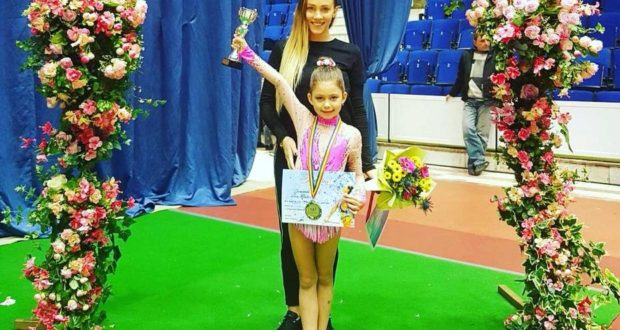 Săceleanca Nora Spulber câstigă bronzul de la Cupa României la gimnastică ritmică