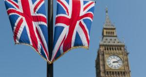 Burse de studiu în Marea Britanie pentru elevii de clasa a X-a